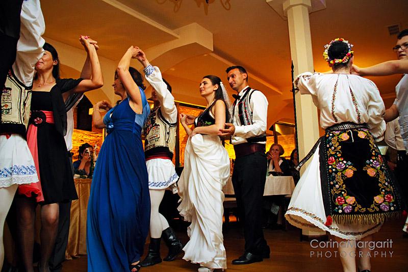Ralu & Alex -Wedding Story by Corina Margarit   (102)