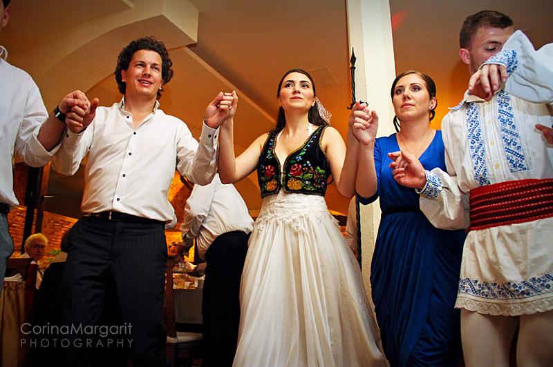 Ralu & Alex -Wedding Story by Corina Margarit   (97)